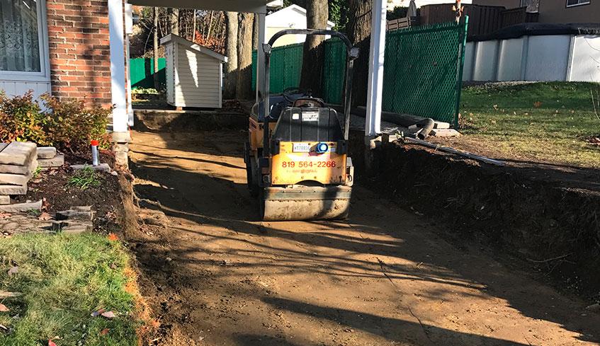 Excavation et compactage du fond
